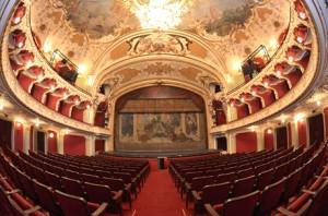 Teatrul-National-Iasi-web